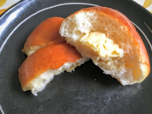 麦の詩 自家製クリームパン 断面